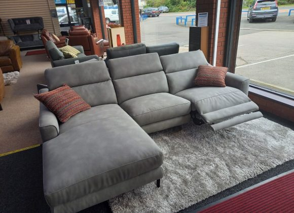 Volante Berlin – 3 seater power reclining chaise